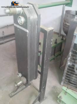 Trocador de calor com 2 estágios e 17 placas